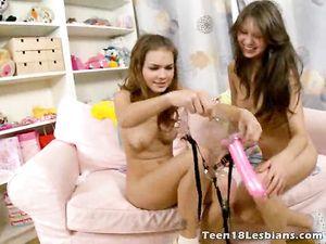 Hot Ass Fingering For A Sexy Lesbian Teen