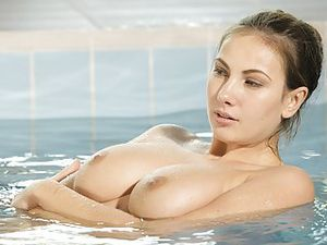 Fucking A DD Cups Babe After A Topless Swim